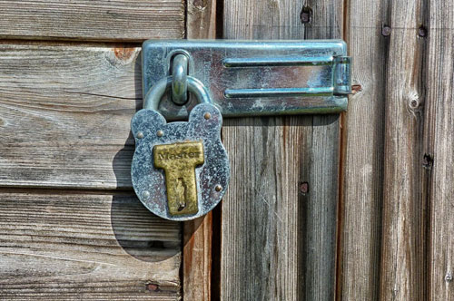 Outbuilding and Garage Locks in Derby